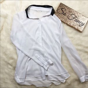 •Pleione White Long Sleeve Blouse•